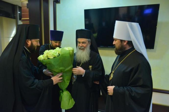 Архиепископ Леонид в составе делегации ОВЦС встретил прибывшего в Москву Предстоятеля Иерусалимской Православной Церкви
