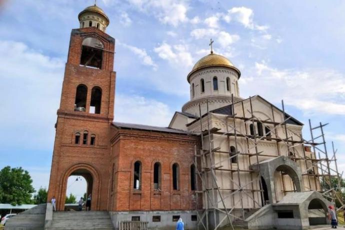 К началу. Храм в Эльхотово как возвращение к истокам аланского христианства