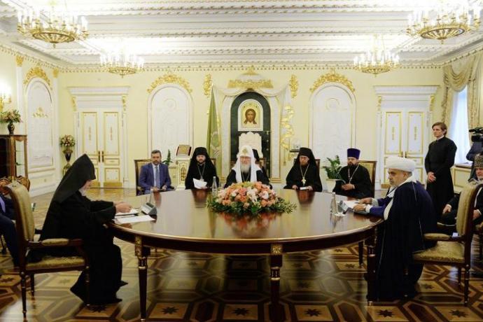 Епископ Леонид принял участие в трехсторонней встрече духовных лидеров России, Азербайджана и Армении
