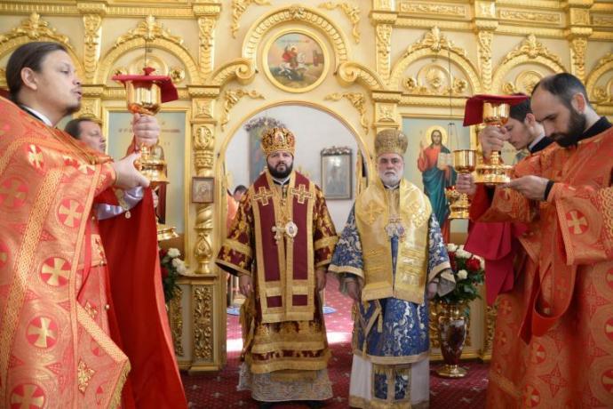 В Кафедральном соборе Георгия Победоносца прошло торжественное богослужение