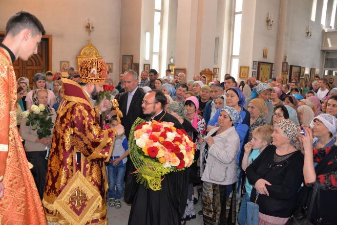 В день памяти мученика Леонида Египетского во Владикавказской епархии отметили тезоименитство правящего архиерея