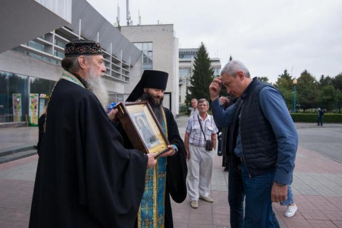 В Осетию доставлена мироточивая икона Пресвятой Богородицы «Умягчение злых сердец»