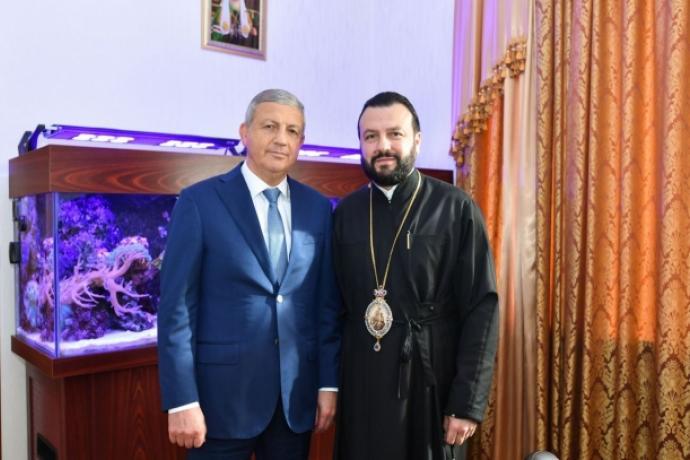 Вячеслав Битаров поздравил архиепископа Леонида с юбилеем